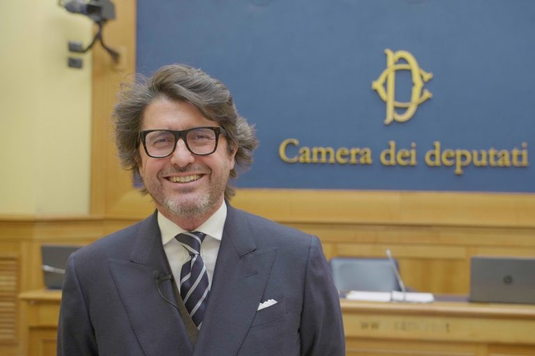 Read more about the article DL SOSTEGNI BIS: FONDO DA 100 MILIONI PER RISTORAZIONE COLLETTIVA